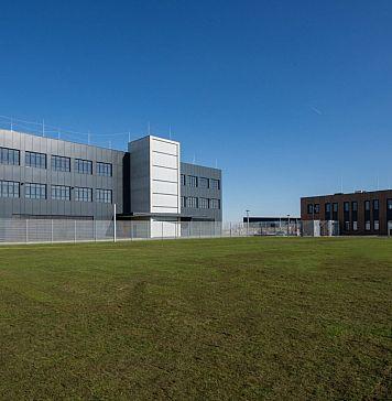 Amsterdam 1 Data Center - e-shelter AMS1 Official
