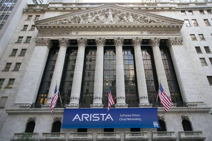 Data center AWS, Arista Networks, AWS, Amazon Web Services, Google Cloud Platform, GCP, Arista CloudEOS, multi cloud environment, cloud native, data centers, Douglas Gourlay