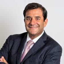 César Cernuda