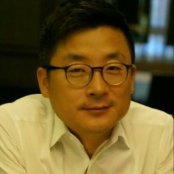 Photo Harry Cho, vice president of System LSI marketing at Samsung Electronics